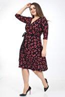 Mooi XXL Kadın Fuşya Benek Desenli Kruvaze Yaka Elbise