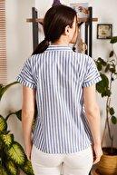 armonika Kadın Mavi İnce Çizgili Kısa Kol Gömlek ARM-21K001188
