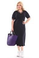 ASOTREND Kadın Büyük Beden Siyah Renk Kısa Kollu Elbise Yaka ve Kollarda Gökkuşağı Çizgileri Detaylı