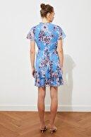 TRENDYOLMİLLA Çok Renkli Kruvaze Elbise TWOSS21EL1332
