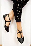 Fox Shoes Siyah Kadın Ayakkabı D726537309