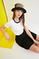 TRENDYOLMİLLA Beyaz Baskılı Basic Örme T-Shirt TWOSS21TS0835