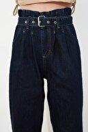 TRENDYOLMİLLA Lacivert Kemerli Yüksek Bel Slouchy Jeans TWOSS21JE0141