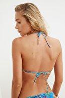 TRENDYOLMİLLA Çiçek Desenli Gipeli Üçgen Bikini Üstü TBESS21BU0140