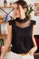 armonika Kadın Siyah Yakalı Tüllü Bluz ARM-21K001154
