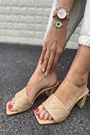 İnan Ayakkabı Kadın Ten Cilt Tek Bant Kapitone Dikiş Detaylı Topuklu Terlik
