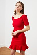 TRENDYOLMİLLA Kırmızı Volanlı Elbise TWOSS20EL0399