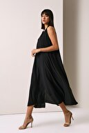 Gusto V Yakalı Uzun Elbise - Siyah