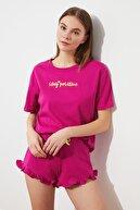 TRENDYOLMİLLA Fuşya Nakışlı Örme Pijama Takımı THMSS20PT0165