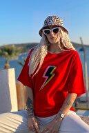 SwistLuxury Kadın Kırmızı Şimşek Baskılı Bisiklet Yaka Tshirt