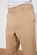 TRENDYOL MAN Camel Erkek Rahat Kesim Dokuma Pantolon TMNSS21PL0384