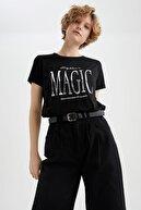 Defacto Kadın Siyah Silver Slogan Baskılı Relax Fit Kısa Kollu Tişört U1511AZ21SP