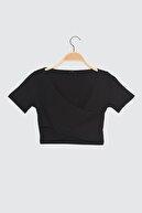 TRENDYOLMİLLA Siyah Kruvaze Spor Bluz TWOSS21BZ0912