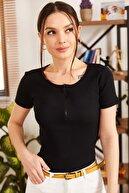 armonika Kadın Siyah Önü Fermuarlı Kısa Kol Bluz ARM-21K108035