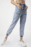 MD trend Kadın Mavi Cep Detaylı Paça Lastikli Salaş Kot Pantolon