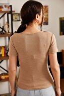armonika Kadın Bej Önü Çıtçıtlı Kısa Kol Bluz ARM-21K108031
