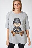 Happiness İst. Kadın Gri Baskılı Oversize Uzun Penye T-shirt ZV00105