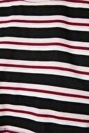 TRENDYOLMİLLA Siyah Çizgili Super Crop Örme T-Shirt TWOSS21TS1134