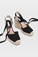 Stradivarius Bağcıklı Jüt Dolgu Topuk Ayakkabı