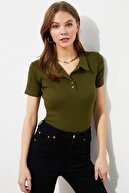 TRENDYOLMİLLA Haki Düğme Detaylı Fitilli Örme Bluz TWOSS19FV0084