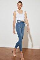 TRENDYOLMİLLA Mavi Cep Detaylı Yüksek Bel Skinny Jeans TWOSS21JE0576