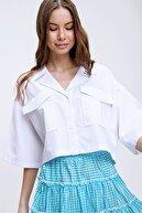 Trend Alaçatı Stili Kadın Beyaz Zarf Cepli Crop Poplin Gömlek ALC-X6045
