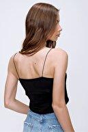 Trend Alaçatı Stili Kadın Siyah İp Askılı Crop Fit Bluz ALC-X6041