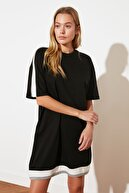 TRENDYOLMİLLA Siyah Renk Bloklu Örme Elbise TWOSS21EL2321