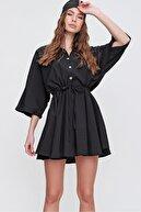 Trend Alaçatı Stili Kadın Siyah Safari Dokuma Gömlek Elbise ALC-X6196