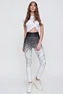 Trend Alaçatı Stili Kadın Siyah Dijital Desenli Sporcu Tayt ALC-X6170