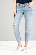 Colin's KADIN 895 Sofıa Düşük Bel Düz Paça Cigarette Fit Mavi Kadın Jean Pantolon CL1036018