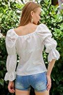 Chiccy Kadın Beyaz Romantik Yaka Düğmeli Kolları Fisto Büzgü Detaylı Uçları Dilimli Bluz M10010200Bl96091