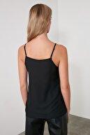 TRENDYOLMİLLA Siyah Basic Bluz TWOSS19BB0224