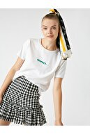 Koton Kadın Beyaz Bisiklet Yaka Baskılı T-shirt