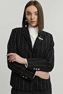 Yargıcı Kadın Siyah Biye Detaylı Ceket 9KKCK5188X