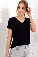 Trend Alaçatı Stili Kadın Siyah V Yaka Basıc T-Shırt ALC-1045-A