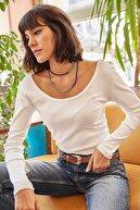 Olalook Kadın Ekru Geniş Yakalı Kaşkorse Bluz  BLZ-19000722