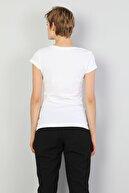 Colin's KADIN Regular Fit Bisiklet Yaka Örme Kadın Beyaz Kısa Kol Tişört CL1047605