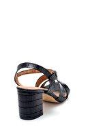 Derimod Kadın Kroko Desenli Sandalet