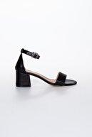 Moda Değirmeni Siyah Cilt Kadın Klasik Topuklu Ayakkabı Md1015-119-0001