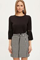 Defacto Kadın Siyah Dantel Detaylı Uzun Kollu T-Shirt N0897AZ.20SP.BK27
