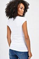 Jument Kadın Beyaz V Yaka Kısa Kol T-Shirt 5611