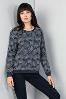 Colin's KADIN Regular Fit Kadın İndigo Sweatshirt CL1045062