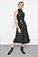 Hanna's Kadın Siyah Varak Baskı Desenli Kolsuz Elbise HN2311