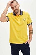 Defacto Erkek Sarı Slim Fit Polo Yaka New York Nakış İşlemeli Tişört N5765AZ20SMYL