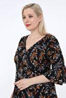 Alesia Kadın Siyah Çiçek Desenli Kruvaze Yaka Elbise KRV0020