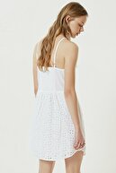 Yargıcı Kadın Kırık Beyaz Nakış Detaylı Askılı Elbise 0YKEL7112X