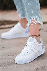 Kadın Beyaz Cilt Lila Detaylı Spor Ayakkabı
