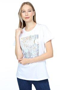 Kadın Beyaz Deniz Kabuğu Baskılı İnce Detaylı Boncuk ve Taş İşlemeli Pamuklu Örme T-shirt