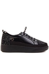 - Siyah Kadın Günlük Ayakkabı